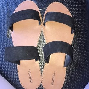 Black sandals, NEVER WORN!!
